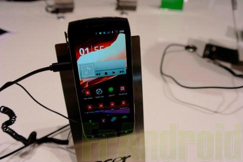 Prise en main du Acer Iconia Smart, un vrai smartpad ?