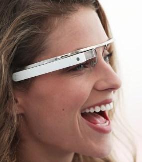 Mise à jour Google Glass XE8 : de nouvelles commandes vocales et un lecteur vidéo
