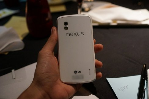 Apparition du LG Nexus 4 en blanc