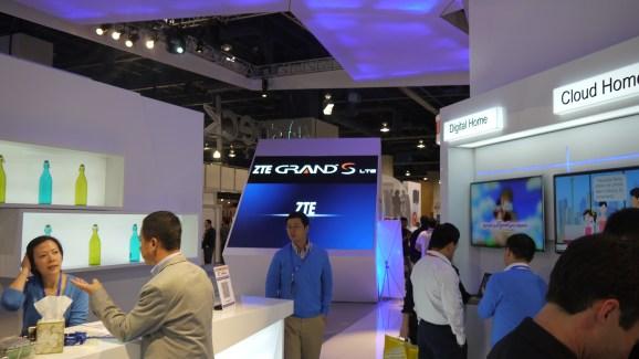 CES 2013 : Prise en main du ZTE Grand S LTE (4G)