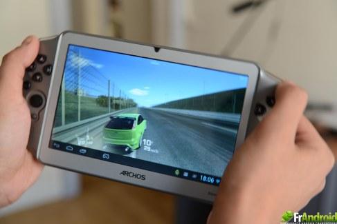 Test de l'Archos GamePad, une console de jeu portable sous Android
