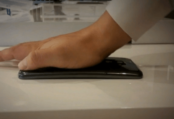 Le LG G Flex dispose réellement d'un écran flexible
