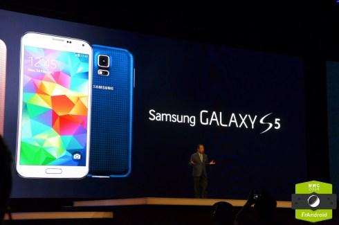 Galaxy S5 : à la découverte de la nouvelle interface Samsung TouchWiz
