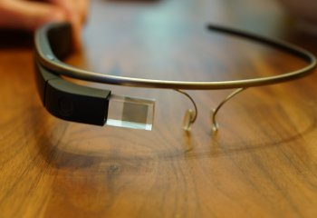 Des Google Glass en vente en France !