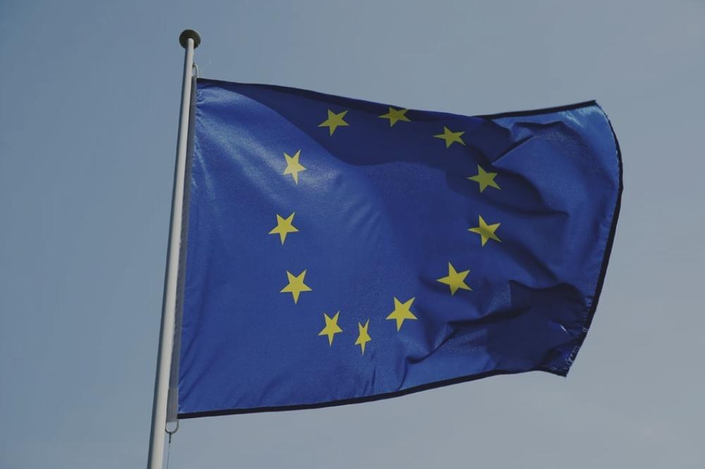 L'Europe adopte la fin des frais de roaming et la neutralité du Net