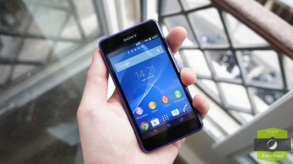 Test du Sony Xperia E1, l'entrée de gamme du Japonais à petit prix
