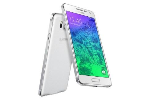 Samsung dévoile le Galaxy Alpha : un corps en plastique, des bordures en métal, la 4G+ et une définition 720p