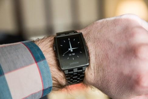 Les montres Pebble vont enfin pouvoir parler français
