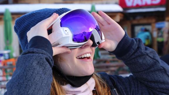 RideOn : un masque de ski connecté pour de la réalité augmentée sur les pistes
