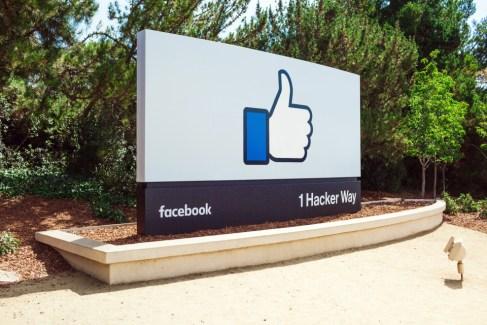 Pour gagner des parts de marché, Facebook demande à ses employés de privilégier Android à iOS