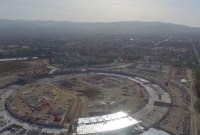 Un drone filme le campus d'Apple en 4K