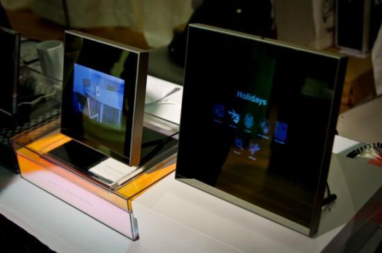 Le premier cadre photo de luxe sous Android : le Parrot Grande Specchio
