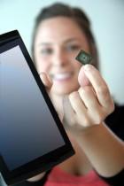L'iSSD 64Go fait la taille d'une microSD (ou presque)