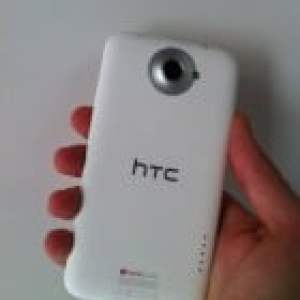 Prise en main du HTC One XL, premier smartphone Android 4G en France