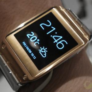 Les Galaxy Gear ne sont plus des montres… mais des appareils mobiles