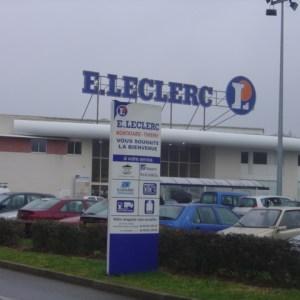 Paiement Flash : après Auchan, Leclerc propose le paiement mobile dans la grande distribution