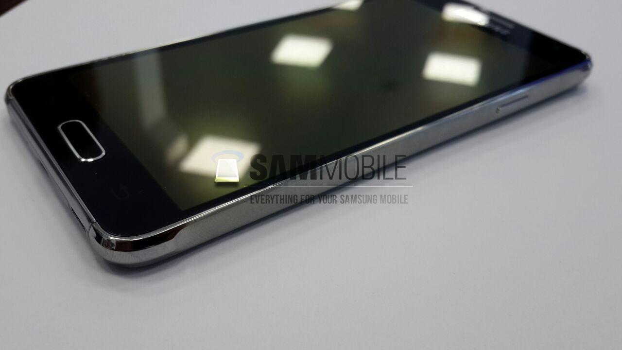 Samsung Galaxy Alpha : la fiche technique complète en fuite