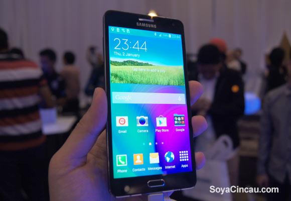Le Galaxy A7 officialisé par Samsung : écran de 5,5 pouces full HD et Snapdragon 615
