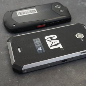 Smartphones baroudeurs 4G : les Cat S50 et Kyocera Torque face à face