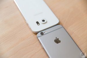 Samsung serait sur le point de porter une partie de ses applications sur iOS