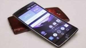 Soldes : le LG G Flex 2 est à 450 euros (et même 399 euros chez Sosh)