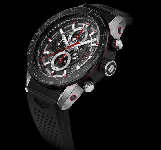 Carrera Wearable 01 : la première montre connectée de Tag Heuer pourra évoluer avec les technologies