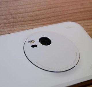 Prise en main de l'Asus Zenfone Zoom avec son zoom optique 3x