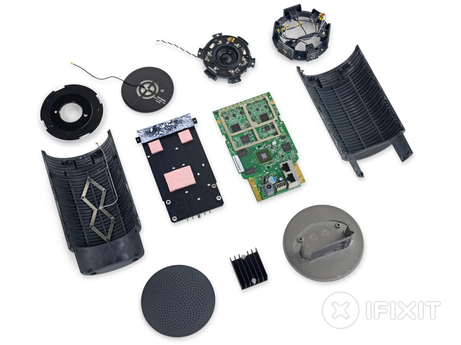 Google OnHub : iFixit laisse entrevoir ses secrets et ses 14 antennes