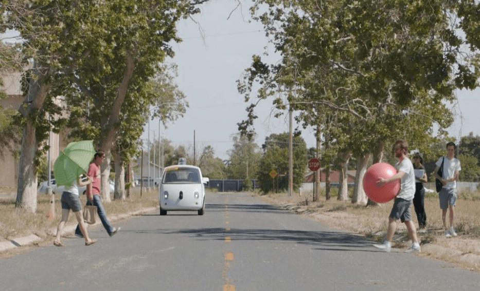 La Google Car prête à concurrencer Uber en 2016 ?
