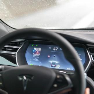 Conduite autonome : Tesla se fait lâcher par Mobileye