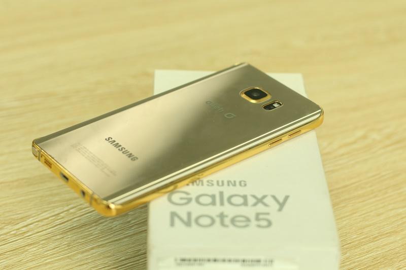 Samsung Galaxy Note 5 Winter Edition, si vous aimez le clinquant et les paillettes