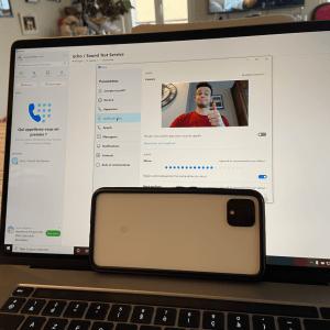 Comment utiliser un smartphone Android ou un iPhone comme webcam sur votre ordinateur (Windows, Mac et Linux) ?