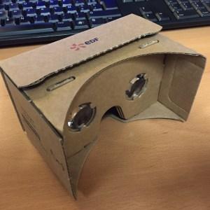 Bon plan : un Cardboard gratuit en boutique EDF