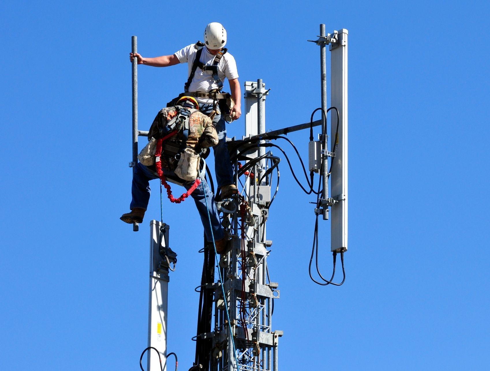 Déploiement 4G : pas de répit pour les opérateurs, mais la bande 700 MHz se fait attendre