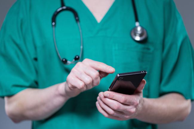 Numerama a enquêté sur les applications de « téléconseil médical »