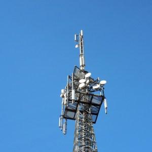 Bouygues Telecom pose la première pierre pour la 3G dans les zones blanches