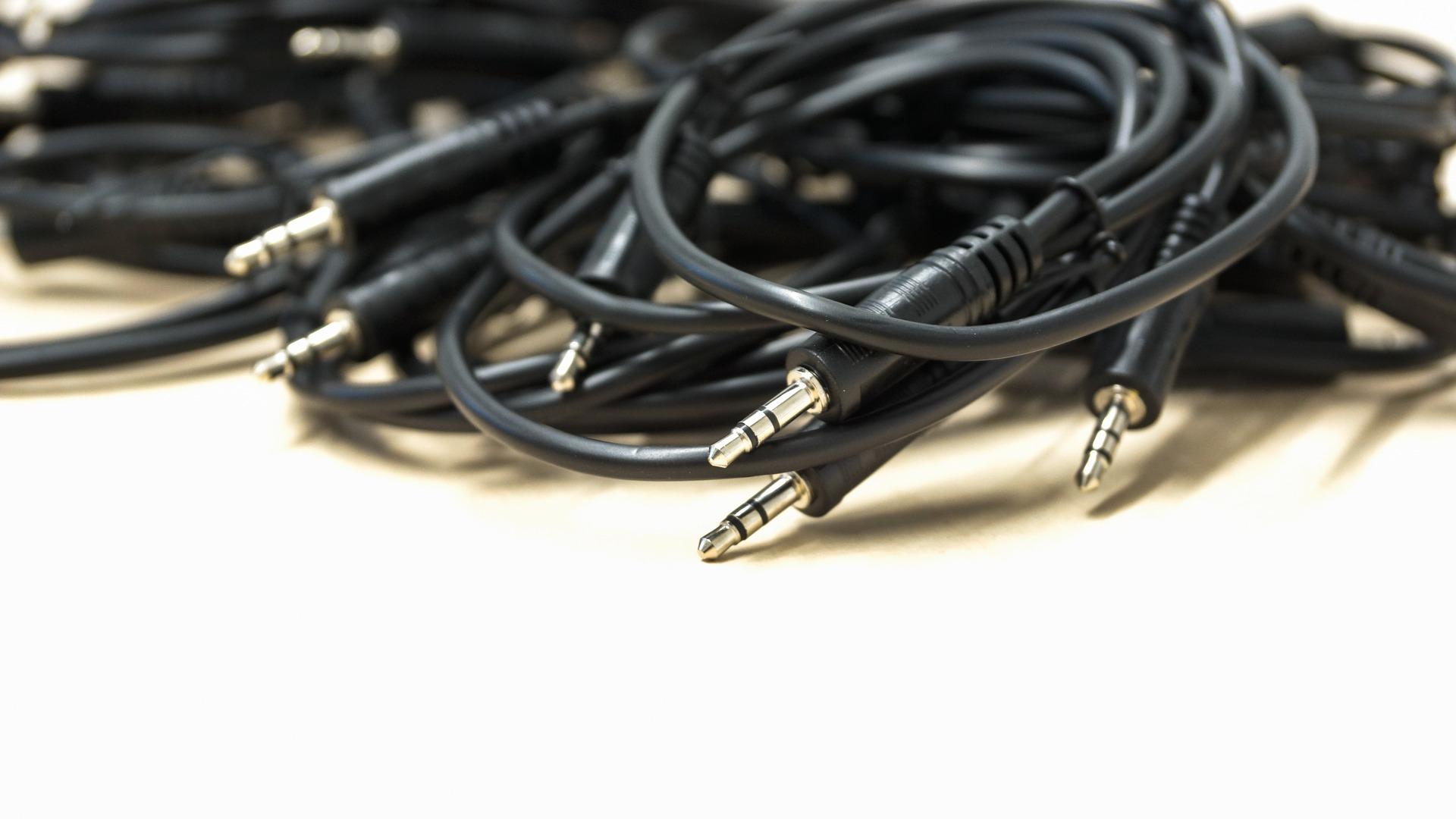 La sortie audio en USB Type-C se précise, l'enterrement de la prise jack aussi