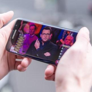Comment regarder la TV sur son smartphone ou sa tablette ?