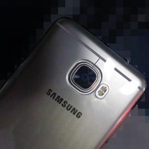 Samsung GalaxyC5 et C7 : les prix et les derniers détails techniques en fuite