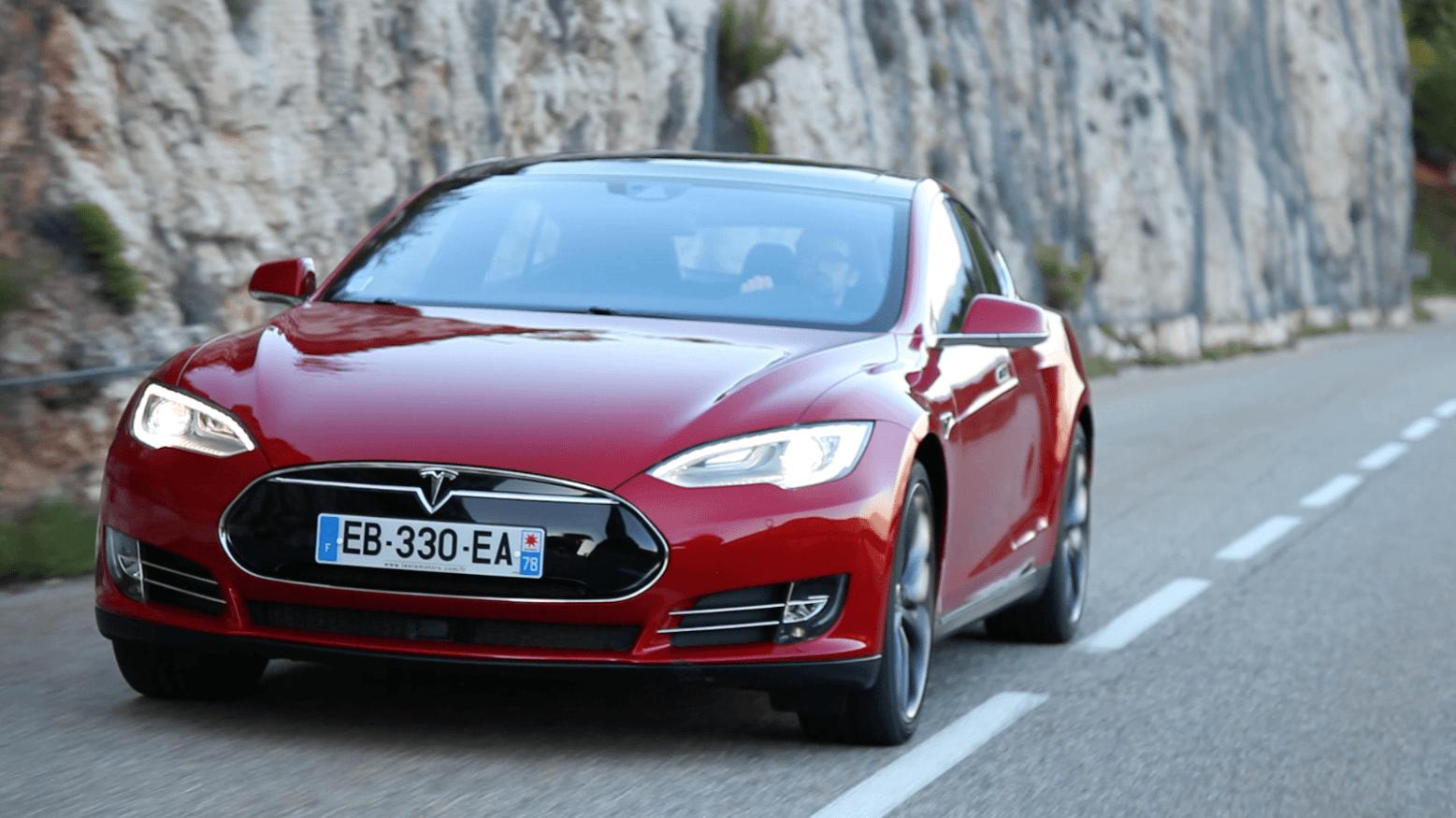 Tesla gagne plus d'argent que les compagnies pétrolières américaines : vraiment ?