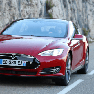 Tesla Model S : 539 cv, 3 secondes, 1G, et nous à l'intérieur