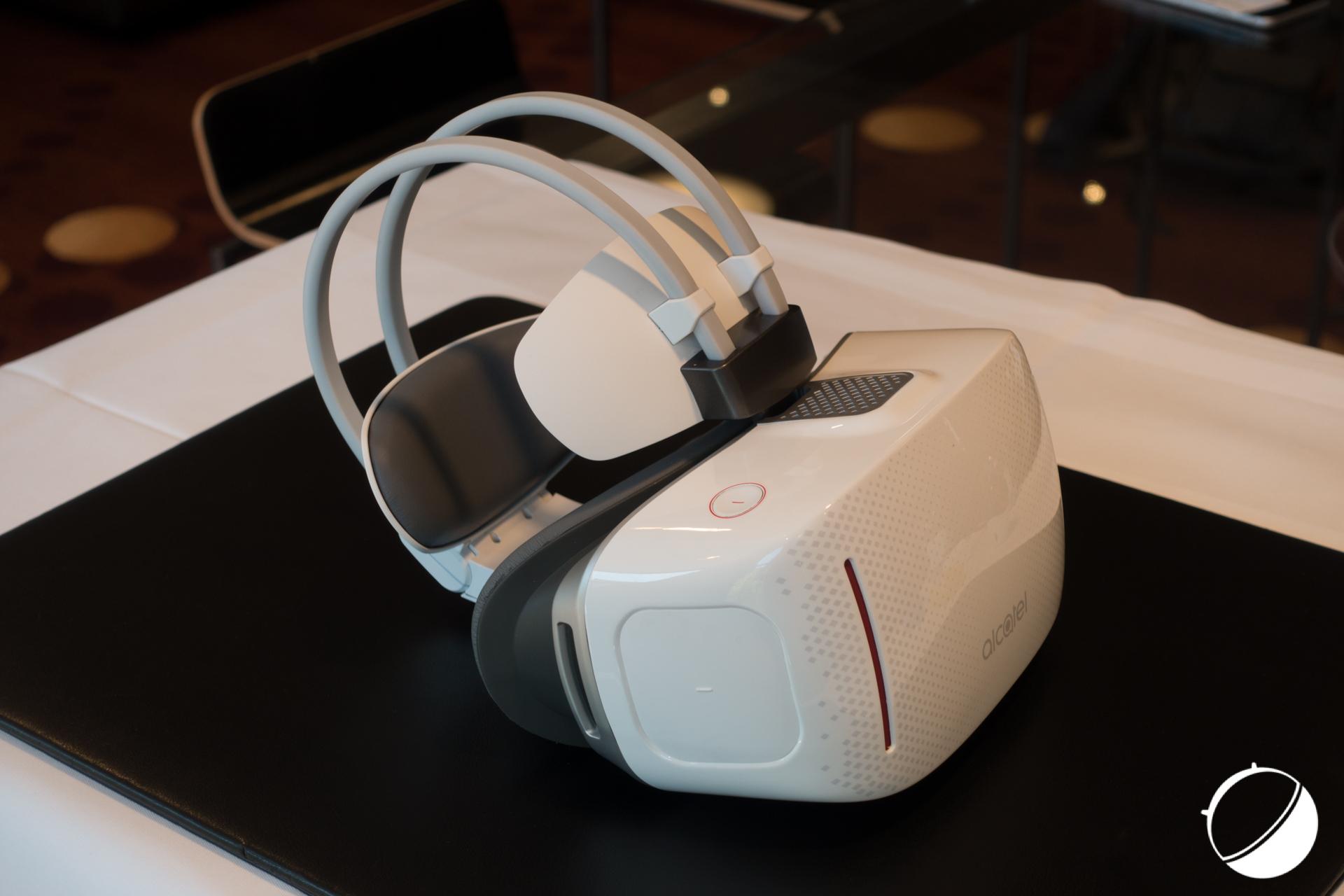 Alcatel Vision : nous avons essayé ce casque de réalité virtuelle autonome