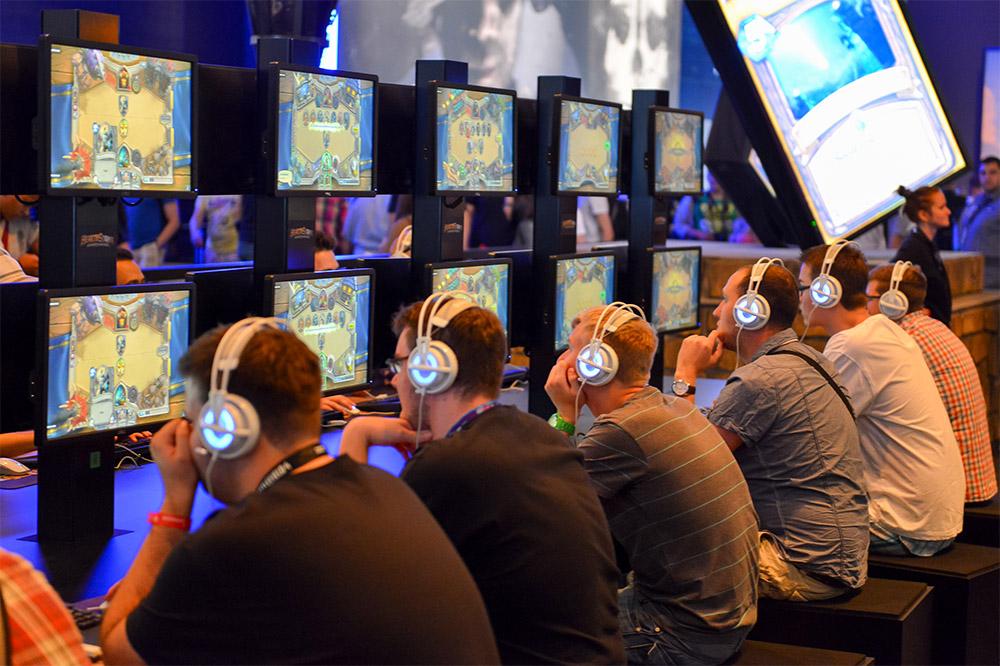 Skype drague les joueurs de HearthStone