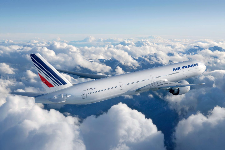 La NSA et le GCHQ espionnent les téléphones dans les avions Air France