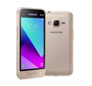 Samsung annonce le Galaxy J1 Mini Prime, un smartphone d'un temps ancien