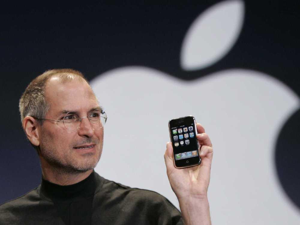 Il y a 10 ans, Steve Jobs annonçait l'iPhone