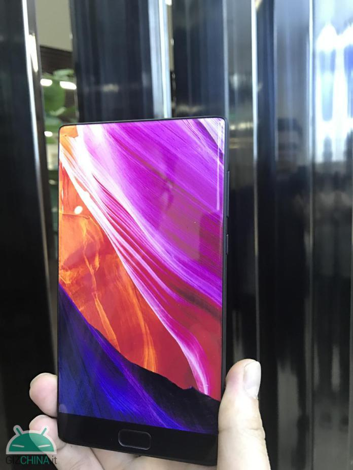 L'Elephone S8 se dévoile dans une première photo et ressemble toujours au Xiaomi Mi MIX