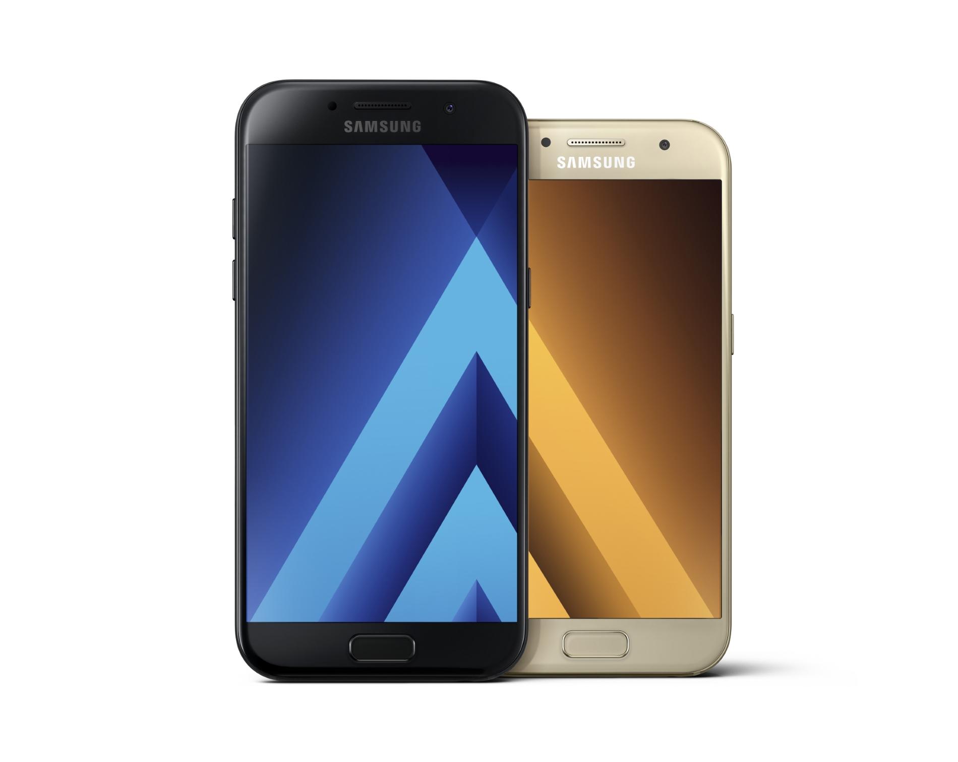 Samsung dévoile officiellement les Galaxy A3, A5 et A7 2017 : le milieu de gamme parfait ?