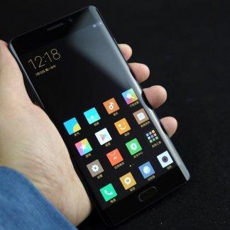 Prise en main du Xiaomi Mi Note 2, une des références à importer de Chine