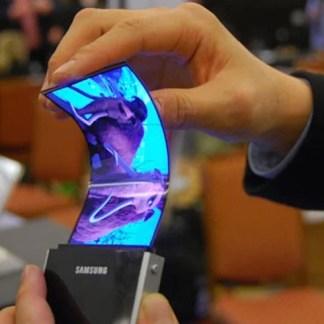 Samsung : dans son smartphone pliable, la batterie serait aussi flexible